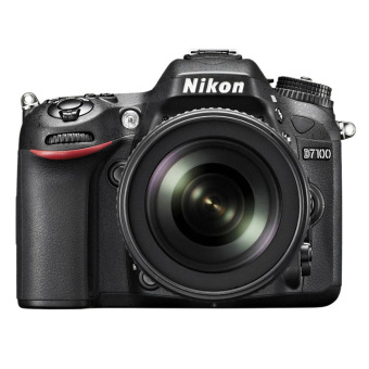 Nikon D7100 with 18-105mm VR Lens Kit DSLR Black