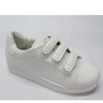 Crissa Steps Sports shoes (White)