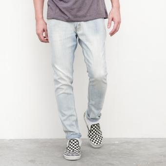 LOYAL Acid Wash Jeans