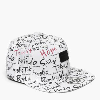SM Accessories Mens Snap Back Cap (White)