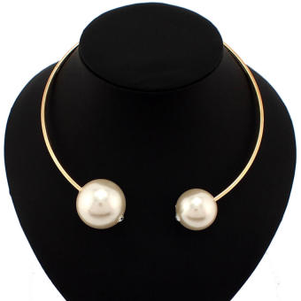 Famous European and American exaggerated pearl necklace collar