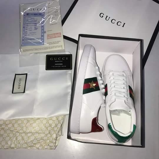 9105d3cd6d Gucci Ace Embroidered Women Sneaker Shoes with Gold Star Design (White  Leather)