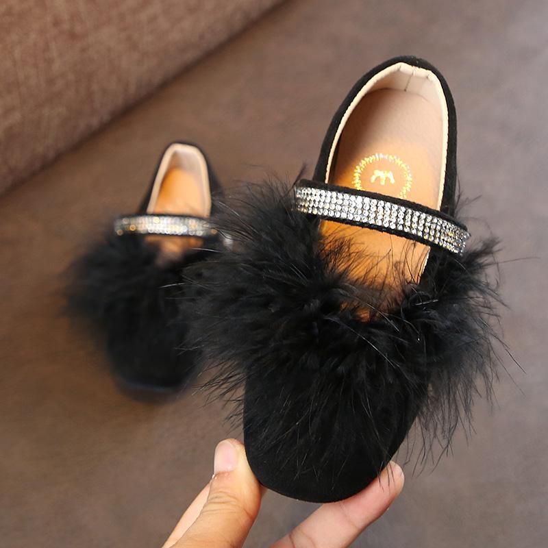 Anak prempuan sepatu bulu 2018 Musim Semi dan Musim Gugur model baru anak perempuan Imut sepatu