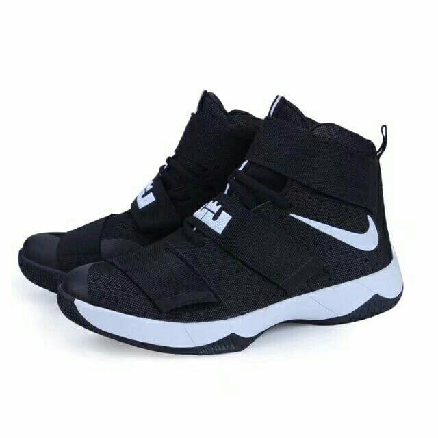 Best Basketball Shoes For Volleyball Players Style Guru Fashion Glitz Glamour Style Unplugged