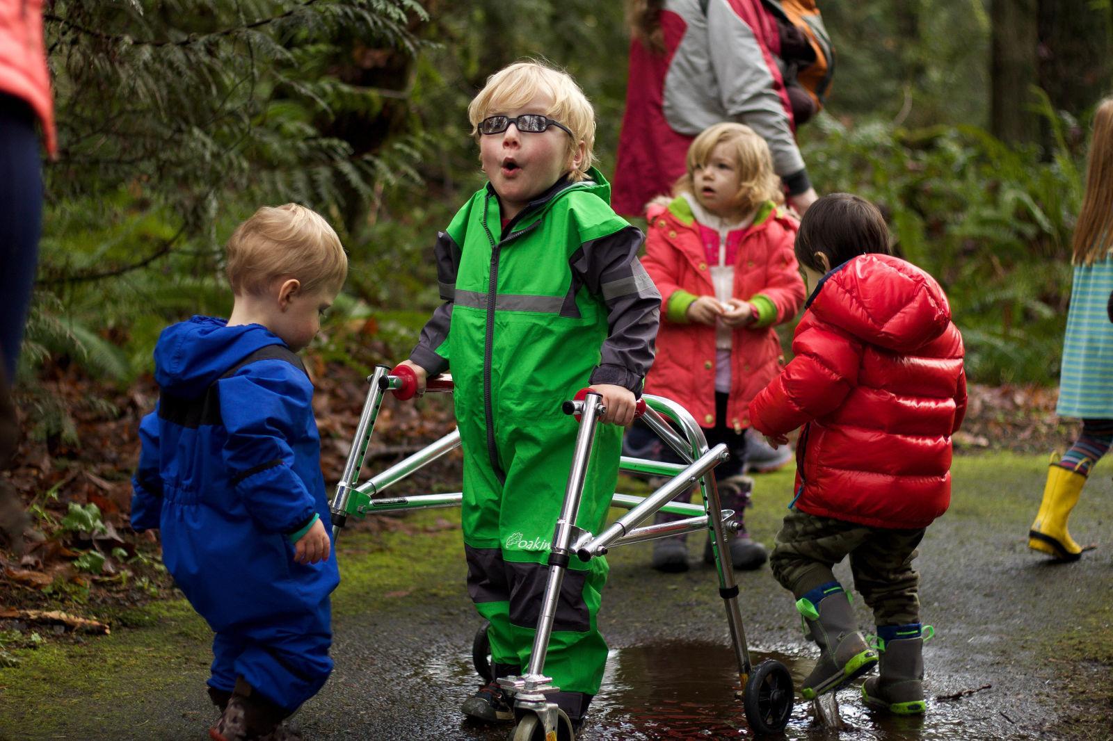 (100-120cm Height) Directional Four Wheel Walker Learner Venicle Brain Cerebral Palsy Kids Children Child Rehabilitation Training Equipment Stand Frame Directional Four - Wheeled Walker