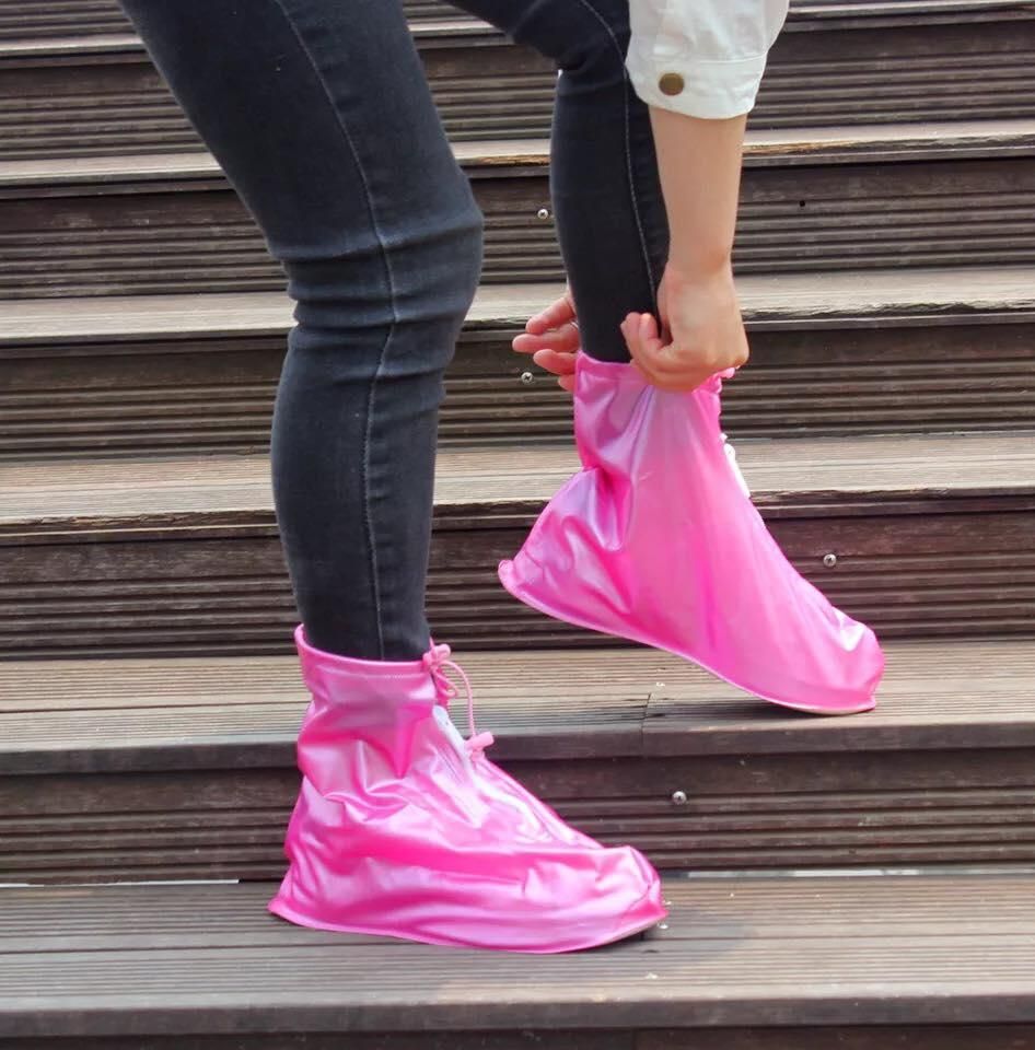 1b57f691bbc3 Foldable Waterproof Flood Proof Rain Shoe Cover for Men and Women