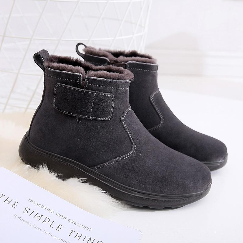 Sepatu Bot Pria Musim Dingin Bulu Boots Salju Pria Kulit Asli Sepatu Katun Pijakan Empuk Bantalan