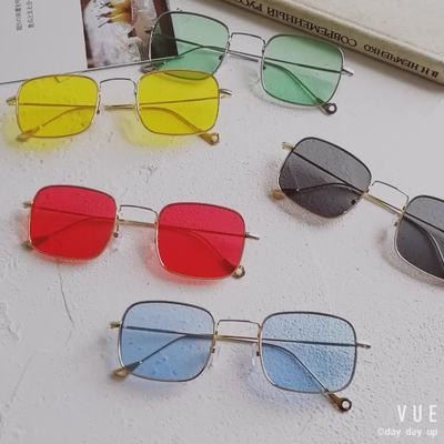 Korea Baru Retro Harajuku Kuning Transparan Wanita Pasang Kacamata Hitam Pria dan Wanita Wajah Kecil Kacamata