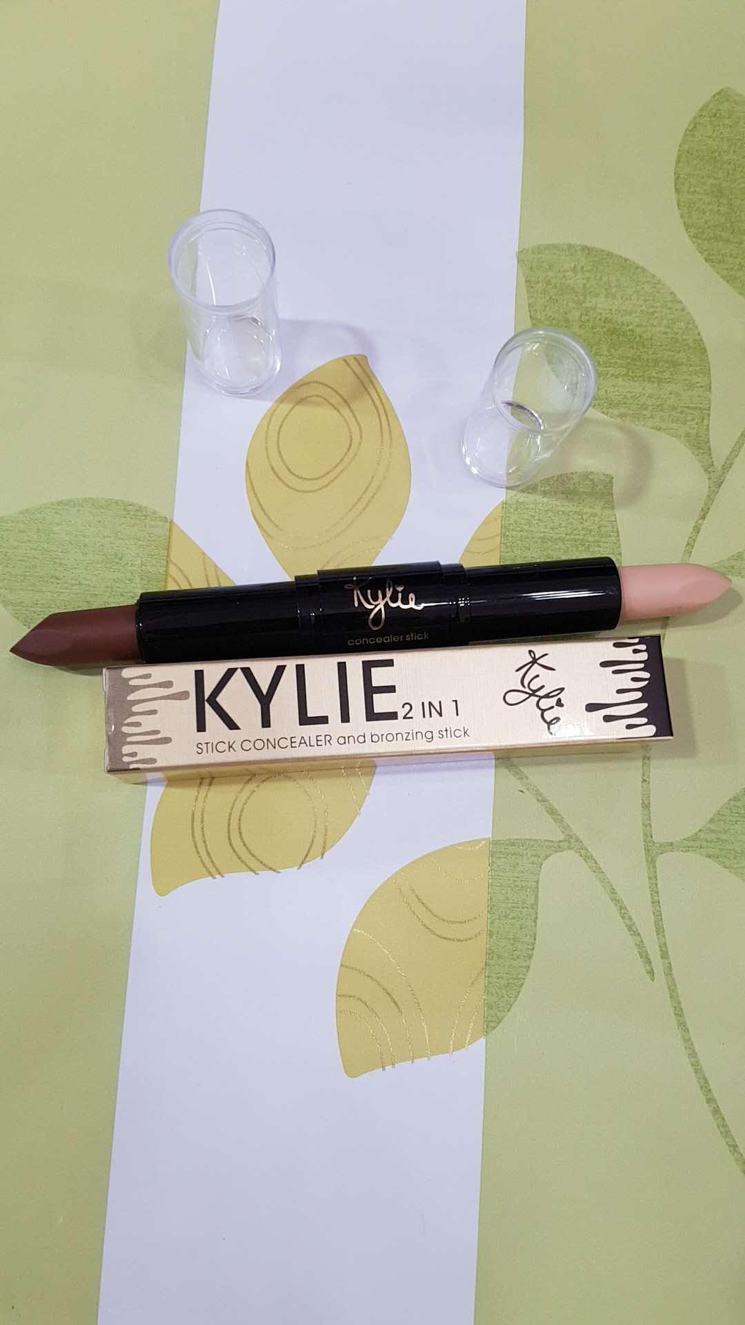 KYLIE- stick concealer and bronzing stick-03 Philippines