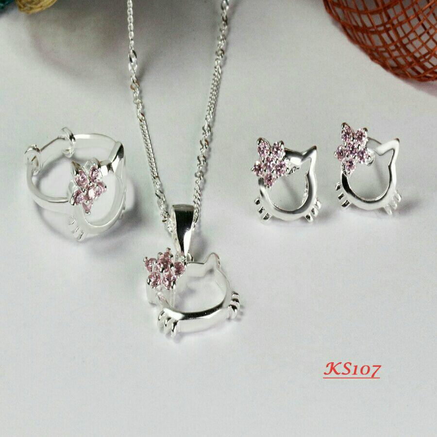 f914362a0 Hello Kitty Kids Genuine 925 Italy Silver Set (Ring,Earrings,Necklace )Authentic