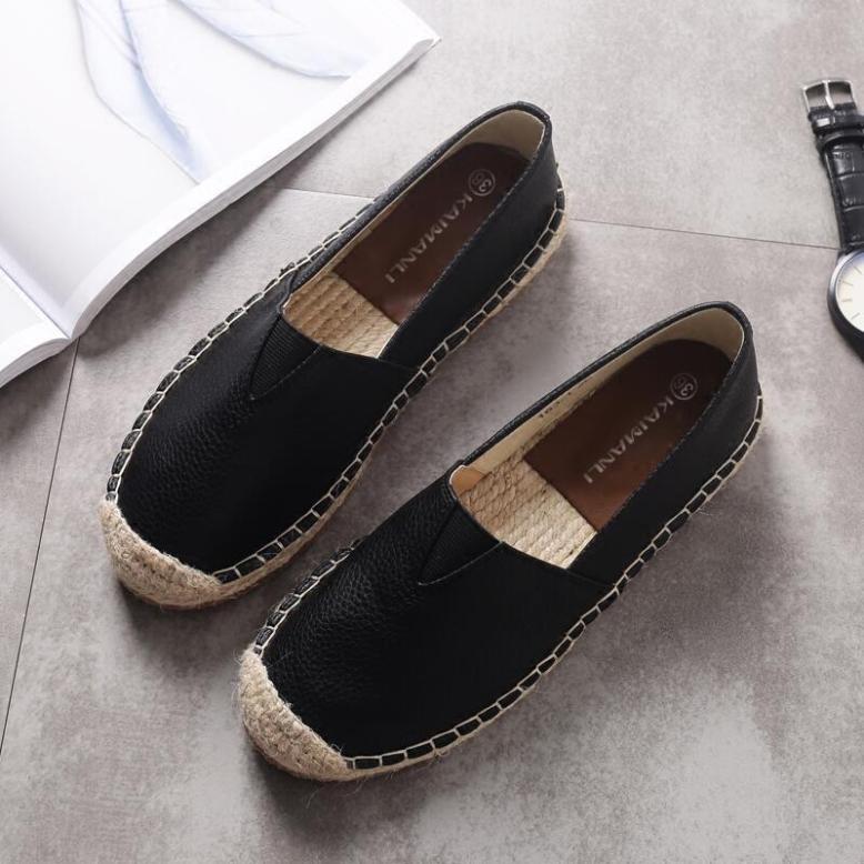 Đế Bằng Đơn Giày 2020 Mẫu Mới Mùa Thu Đông Rơm Cói Giày Vải Nữ Một Giày Lười Giày Lười Giày Trắng Áo Dạ Ngắn giá rẻ