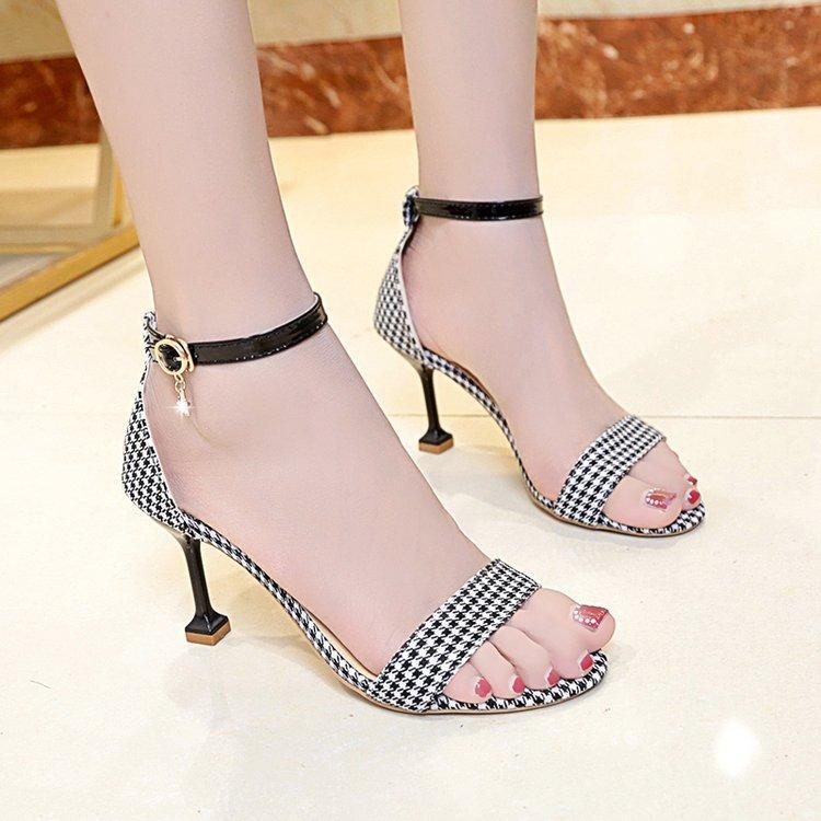 2ffda621431 Female Summer 2019 New Style Korean Style Versatile Online Celebrity CHIC  Open Toe Plaid Sandals Straight