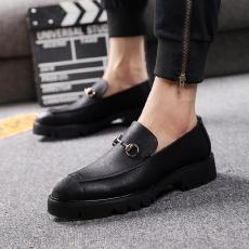 Inggris bisnis Pria sepatu kulit kasual musim gugur musim dingin sepatu pria  sepatu trendi Gaya Korea f71c63f34a