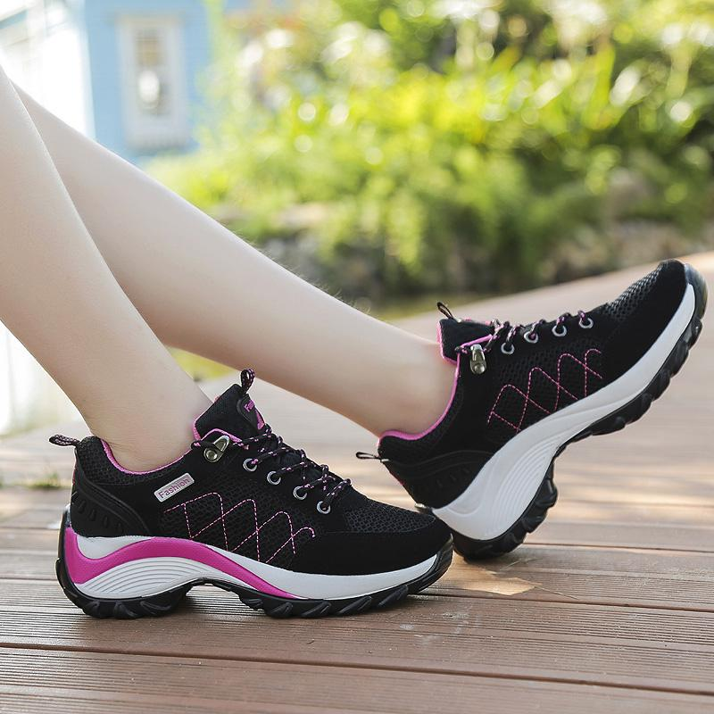 Mentee Wanita Tinggi Meningkatkan Sepatu Hiking Luar Sepatu Kets Panjat - 5 .