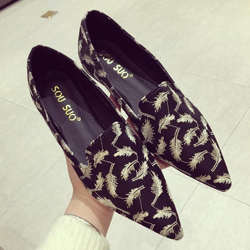 Han Ban Vogue Bordir Daun Menikmati Sepatu Santai Di Musim Semi Gaya Baru dari Rong Mie SHARP End Sepatu Wanita Yang bahkan Tumit Daftar Sepatu Nyaman Rendah-Sepatu dengan Hak 3 Dolar-Intl