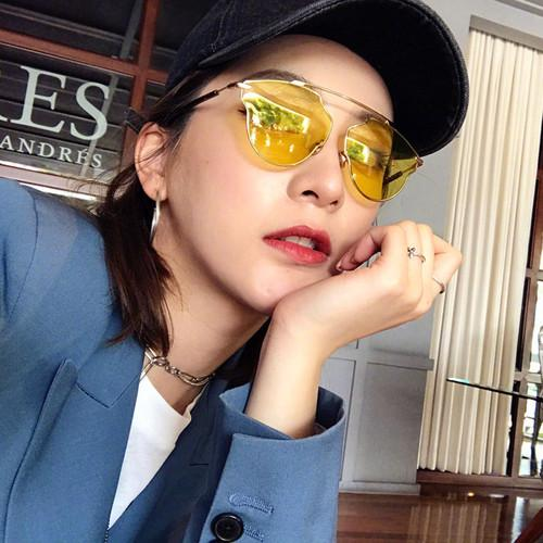 Zhao Liying Kuning Tembus Pandang Horizontal Bar Kacamata Hitam Pria dan Wanita Tide Merah Eropa dan Amerika Serikat Retro Sepanjang wajah Kacamata Hitam-Internasional