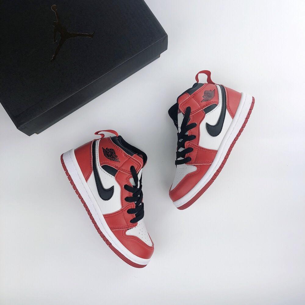 Air_Jordan 1 Cho Bé Trai/Bé Gái Trẻ Em/Con/Indant/Bé Xác Ướp Phải-Có mẫu giáo Ưa Thích Đáng Yêu Dễ Thương Trẻ Tập Đi Giày Fishion Giày Giày Thể Thao Sneaker Đầu Hạt Da chịu Mài Mòn cao su chống trượt đế ngoài LS100246452 CÁ TUYẾT Bán
