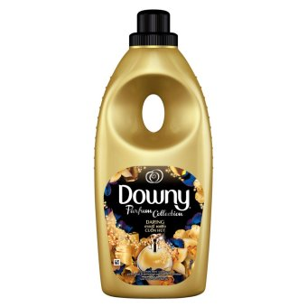 Downy(R) Daring PARFUM COLLECTION Concentrate Fabric Conditioner 900 mL