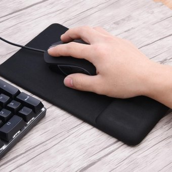 Anti-slip Silicone Wrist Rest Mouse Pad Pain Relief Game Mat Pads -intl