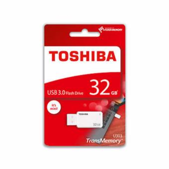 Toshiba Akatsuki U303 32GB USB 3.0 Flash Drive (White)