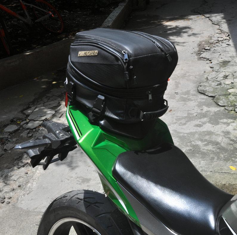 2d625e948082 RSS Rough&Road RR9019 Carbon fiber tail bag Motorcycle Rear Sport Back Seat  Bag Car Tail Bags