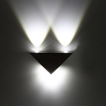 3W LED Aluminum Triangle Wall Lamp Modern Home Decoration Light Cool White - intl