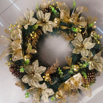 60cm from the Christmas wreath large wreath window