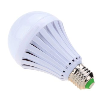 7W Intelligent Water Power Emergency Magic Light Bulb