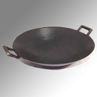 cast iron pot The old traditional 2 ears non- coating pointed panwok picnic 30CM - Intl - 4