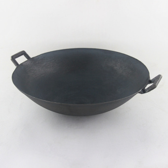 cast iron pot The old traditional 2 ears non- coating pointed panwok picnic 38CM - Intl