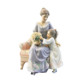 Porcelain Mom with Little Girl Price Philippines