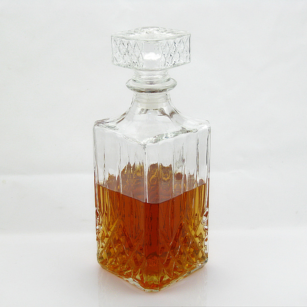 ... Anjing Peliharaan Kucing Kerah Dapat Disesuaikan PU Kulit Gesper Leher Tali Multi. Source · Vintage Decanter Glass Liquor Whiskey Crystal Bottle Wine ...