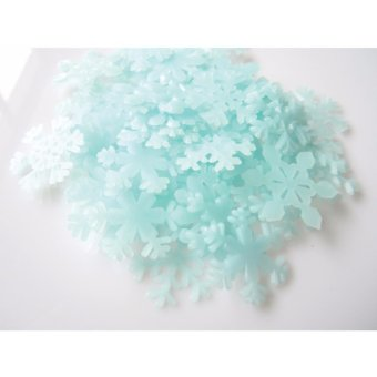 Yika 50PCS Glow In The Dark Snow Flakes Wall Stickers Door Ceiling& Baby Nursery Decals - intl