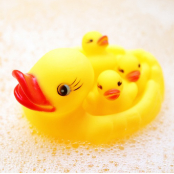 4PCS Baby Bathing Developmental Toys Water Floating Squeaky RubberDucks - 3