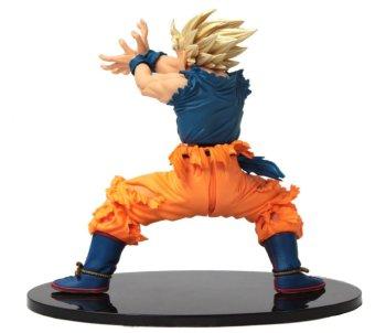 Dragon Ball Z Super Saiyan Goku Action Figure - picture 4