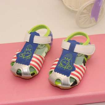 Soft bottom non-slip children's porous baby shoes sandals