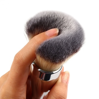 2017 New Big Size Face Flat Foundation Brush High Quality Powder Cosmetic Makeup Brush Dome Blush Women Beauty Makeup Tool - intl