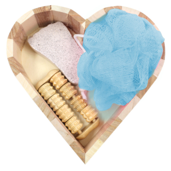 Harga Wooden Heart-Shaped Pattern Bath and body gift set (Powder Blue Puff bath)