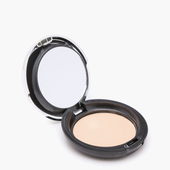The Body Shop All-in-One Face Base 04 9g