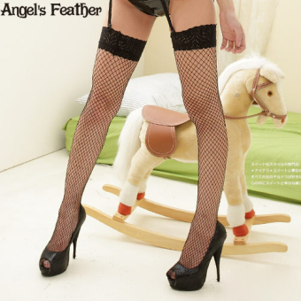 Angel lace wide-brimmed thin over-the-knee fishnet stockings (White)