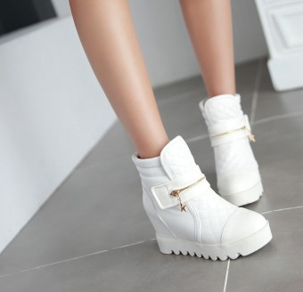 Autumn and Winter New style magic stickers Short Tube Martin boots (White)