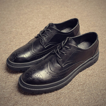 Bullock retro autumn carved business casual shoes men's (Black)