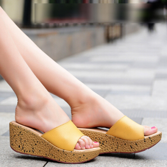 Casual muffin thick bottomed versatile slippers slanted heel slippers (Yellow 003 yellow)