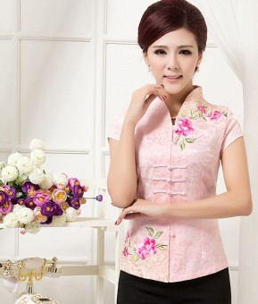 Chinese-style national style embroidered flower short sleeved improved costume (Pink)