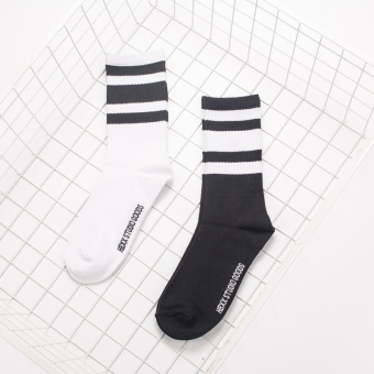 Couple's Korean-style Athletic Striped 100% Cotton Tube Socks (Black)