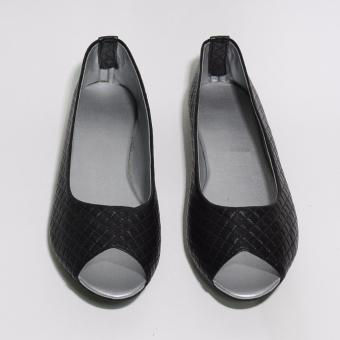 Doll Me Up Shoes Heidi's Open Toe Flats (Black)