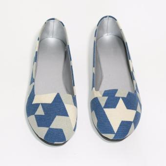 Doll Me Up Shoes Venice Flats with Design (Blue)