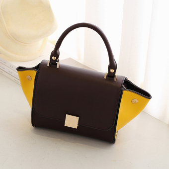 European and American contrasting color lock commuter messenger bag women's bag (Brown with yellow)