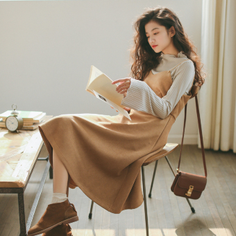 G14 autumn models temperament Slim fit long section Dungaree dress (Camel)