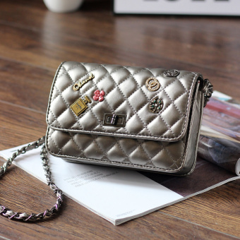 Graceful badge mini women's bag Lingge chain bag (Silver)